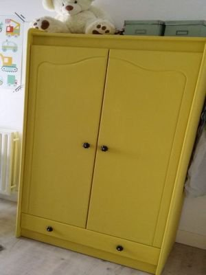 Annie Sloan Chalk Paint English Yellow voorbeeld