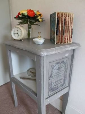 Annie Sloan Chalk Paint decoupage