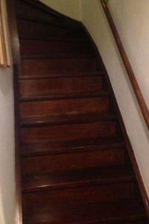Trap verven zonder schuren for Houten trap behandelen